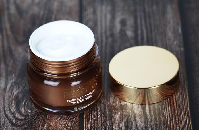 Kem dưỡng trắng da, ngăn ngừa lão hoá từ collagen và vàng 24K 3W Clinic Collagen & Luxury Gold giúp da bạn trắng hồng, mịn màng